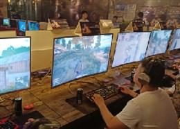 网吧吃鸡有风险 0.6KD玩家两局游戏惨遭封号