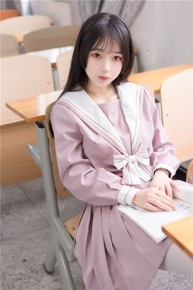 粉色JK小姐姐